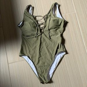 CUPSHE One Piece Swimsuit NWT